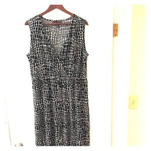 Dana Buchman XL Midi sleeveless dress